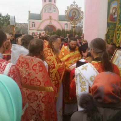 (Foto) Comunitatea bisericii Arhanghelului Mihail din s. Hrustovaia și-a marcat ziua hramului