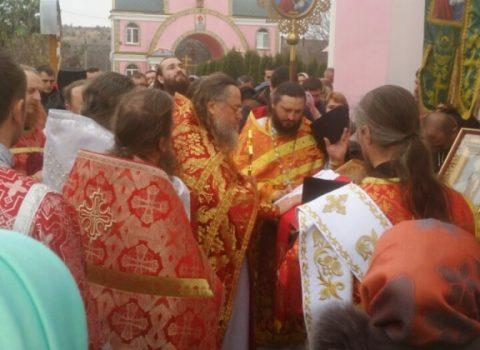 (Фото) Приход храма Архангела Михаила в с. Хрустовая отметил престольный праздник