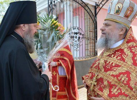 (Foto) În sâmbăta din Săptămâna Luminată, Arhiepiscopul Sava a celebrat Sfânta Liturghie în biserica Arhanghelului Mihail din s. Hrustovaia