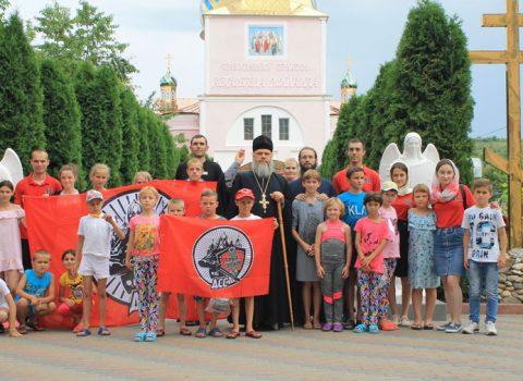 17 июня состоялось крещение 19 воспитанников Парканского интерната в нашей купели 40 севастийских мучеников с. Хрустовая