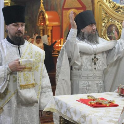 Торжественное Богослужение в праздник Рождества Христова в Храме Архангела Михаила