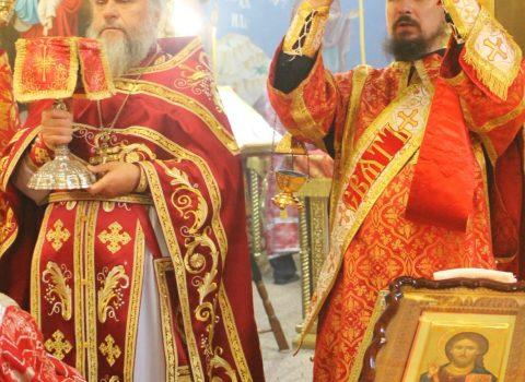 Приход храма Архангела Михаила отметил свой престольный праздник