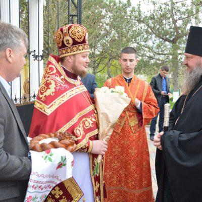 Архиепископ Савва совершил Литургию в Михаило-Архангельской церкви с. Хрустовая